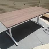KOKUYO JUTOテーブル (2)