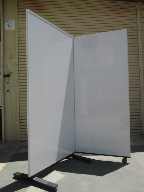 ホワイトボードスクリーン 2連 (1)
