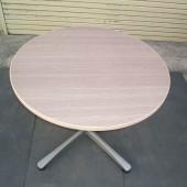 丸テーブル (1)