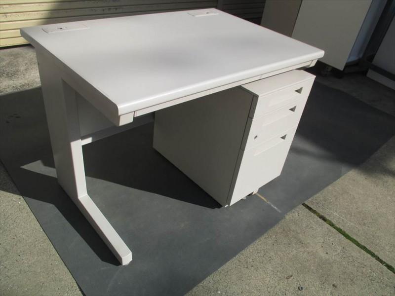 イナバ平机+ワゴン (3)